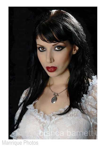 Bianca Barnett Photo 6