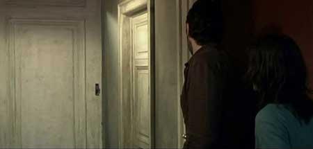 Them-2006-movie-French-ILS-David-Moreau-(6)