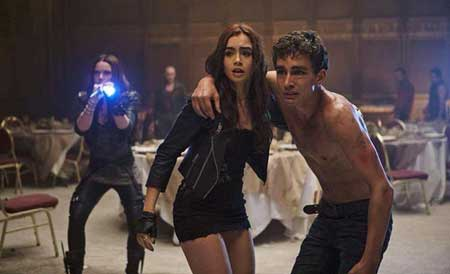 The-Mortal-Instruments-City-of-Bones-2013-Movie-8