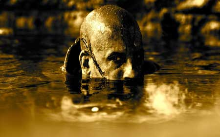 Riddick-2013-Movie-Image-4