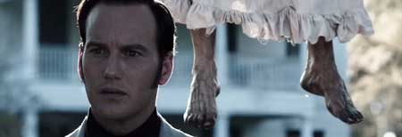 The_Conjuring_2013-Movie-Scary-1