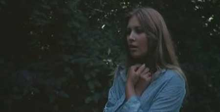 A_virgin_among_the_living_dead_1973-movie-6