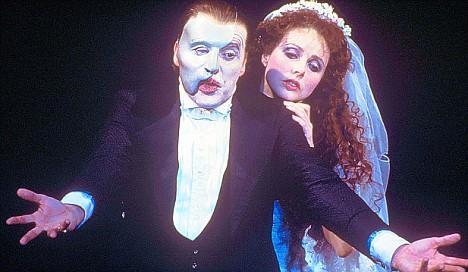 Phantom-of-the-opera-musical