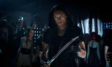 The-Mortal-Instruments-City-of-Bones-shadowhunter