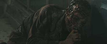 Zombie-Hunter-2013-movie-8