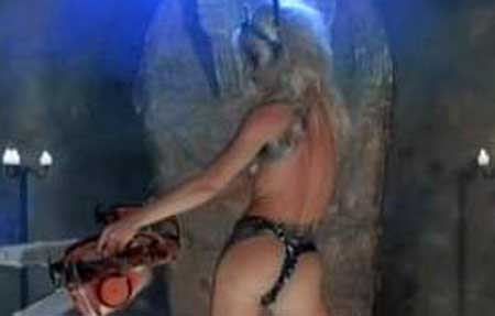 hollywood-chainsaw-hookers-1988-movie-2