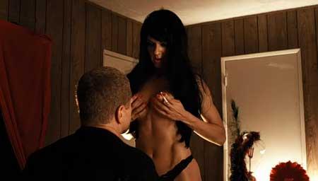 Dark-Tourist-2012-Movie-film-4