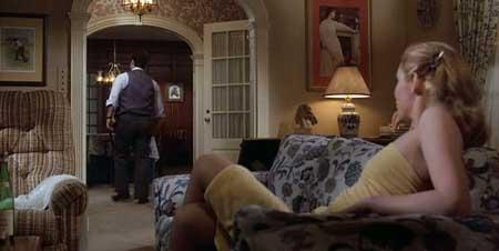 neighbors-1981-movie-dark-comedy-7