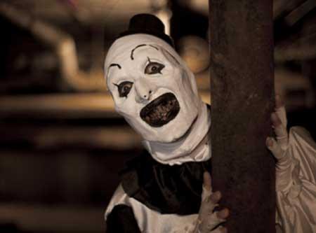 All-Hallows-Eve-2013-scary-clown-movie-8