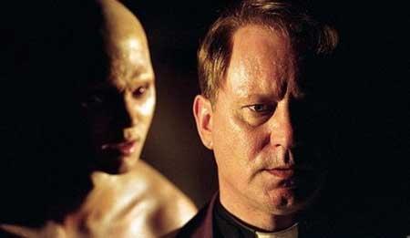 Exorcist-The-Beginning-2004-movie-Renny-Harlin-2