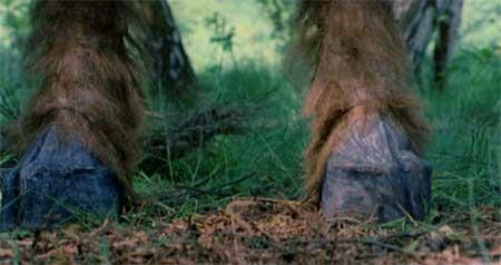 The-Beast-la-bete-1975-movie-Walerian-Borowczyk-3