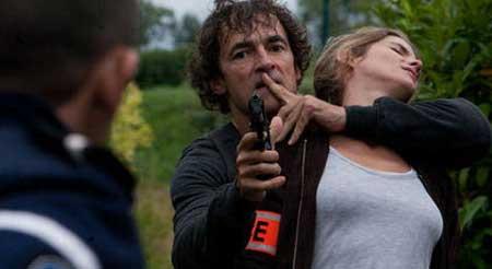 The-Prey-La-Proie-Movie-2011-5