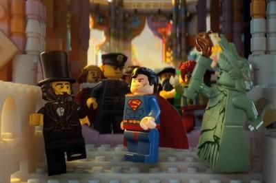 lego-movie-abraham-lincoln-superman-statue-of-liberty
