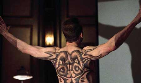 Red-Dragon-2002-Movie-Hannibal-3