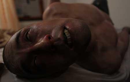 Afflicted-Movie-2013-Clif-Prowse-Derek-Lee-3