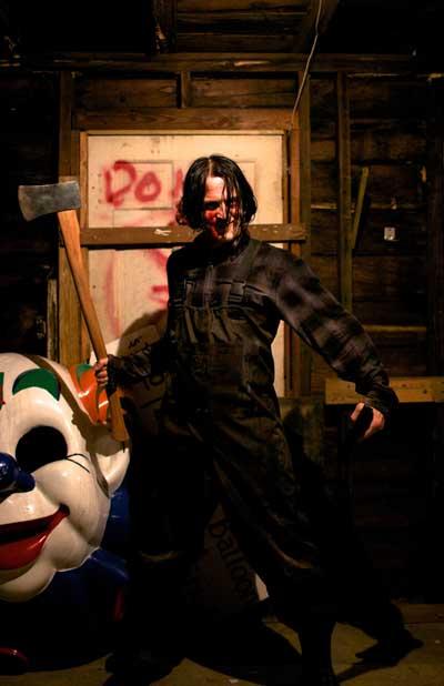 Scream-Park-2012-movie-Cary-Hill-2