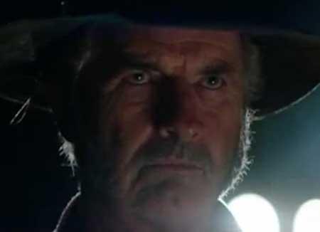 Wolf-Creek-2-2013-movie-1