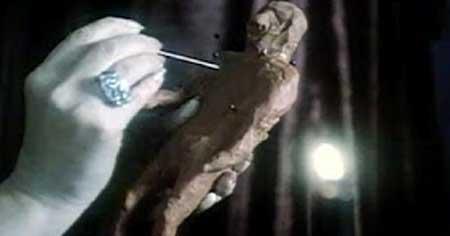 Black-Candles-1982-movie-2
