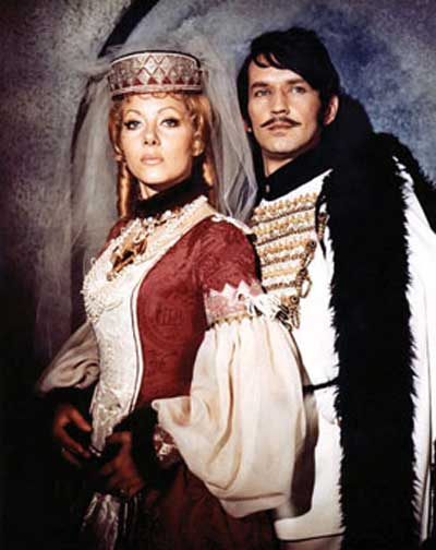 Countess-Dracula-1971-movie-Ingrid-Pitte-5
