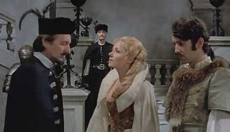 Countess-Dracula-1971-movie-Ingrid-Pitte-9