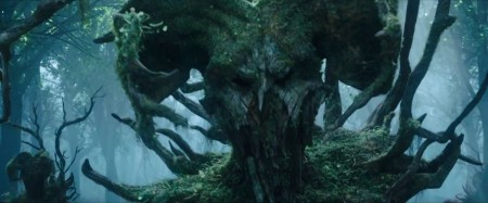 Maleficent-Official-Trailer-2