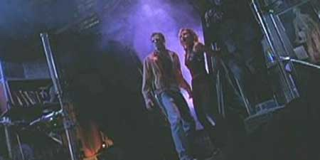 The-Dead-hate-the-living-2000-movie-5