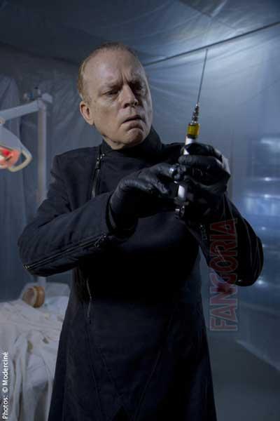 Malignant-2013-movie-Brian-Avenet-Bradley-3