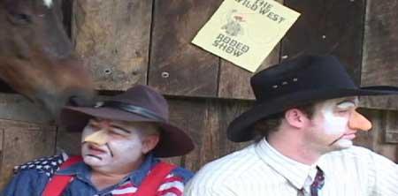 Killer-Klowns-from-Kansas-on-Krack-2003-movie-2