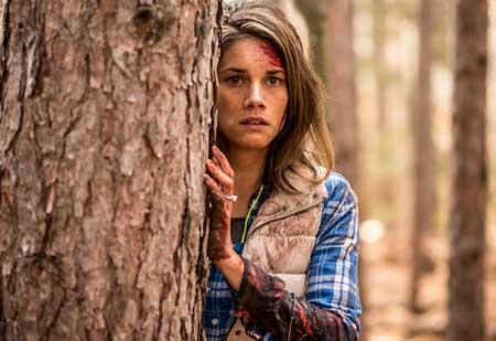 Backcountry-movie-2014-Adam-MacDonald-(5)