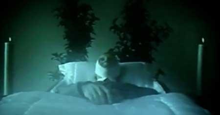 Cadavericon-short-film-2002-Marian-Dora-(3)