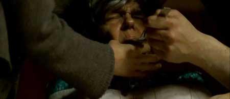 Frontiers-2007-movie-Xavier-Gens-(1)