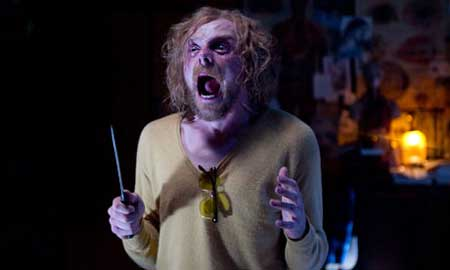 A-Fantastic-Fear-of-Everything-2012-movie-Simon-Pegg-(2)