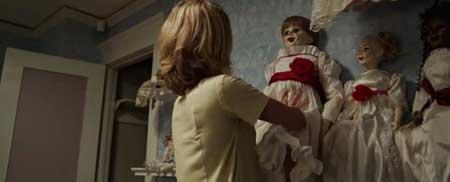 Annabelle-2014-horror-movie-John-R.-Leonetti-(8)