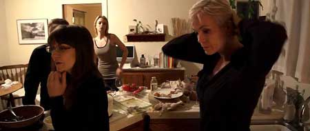 Coherence-2013-movie-James-Ward-Byrkit.-(3)