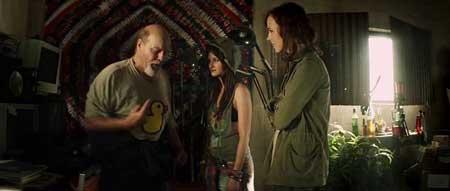 Extraterrestrial-2014-movie-Colin-Minihan-(5)