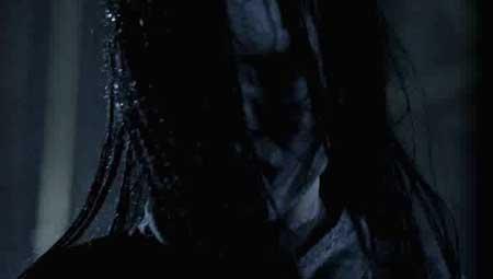 Grave-Halloween-2013-movie-Steven-R.-Monroe-(5)