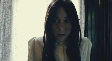 I-Am-a-Ghost-2012-movie-H.P.-Mendoza-(4)