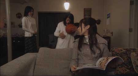Ju-On-White-Ghost-Black-Ghost-movie-(6)