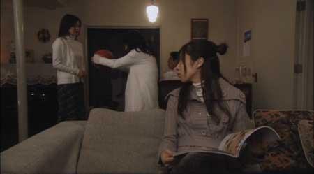 Ju-On-White-Ghost-Black-Ghost-movie-(8)