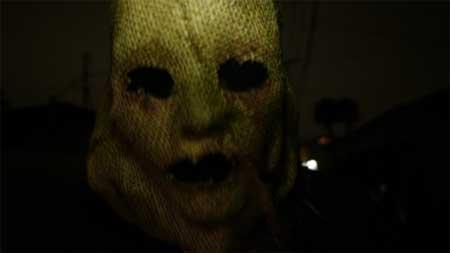 The-Den-2013-movie-Zachary-Donohue-(8)