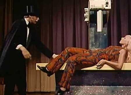 The-Wizard-of-Gore-1970-movie-Herschell-Gordon-Lewis-(1)