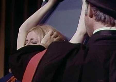 The-Wizard-of-Gore-1970-movie-Herschell-Gordon-Lewis-(7)