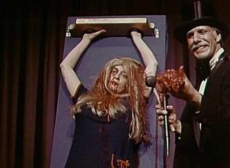 The-Wizard-of-Gore-1970-movie-Herschell-Gordon-Lewis-gore-(3)