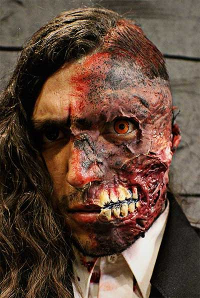 Two-Face-Make-Up