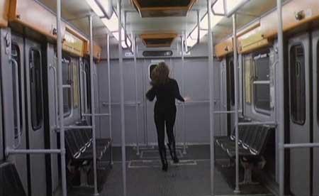 Dial-Help-1988-movie-Ruggero-Deodato-(5)