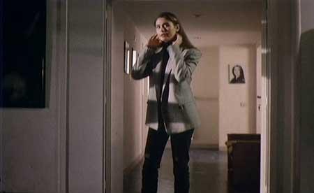 Dial-Help-1988-movie-Ruggero-Deodato-(6)