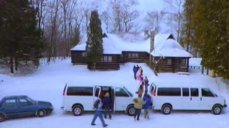 Silent-Scream-The-Retreat-2005-movie-(1)