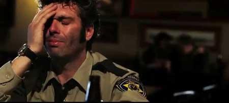 Wolf-Cop-2014-movie-Lowell-Dean-(16)