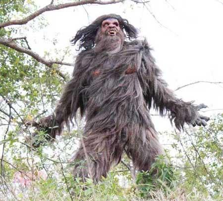 Bigfoot-Wars-2014-movie-Brian-T.-Jaynes-(4)