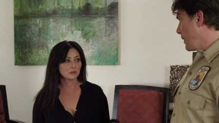 Blood-Lake-Attack-of-the-Killer-Lampreys-film-2014-(9)